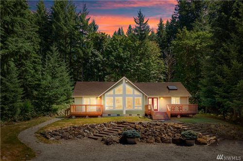 Photo of 132 Grizzly Rd, Packwood, WA 98361 (MLS # 1636868)