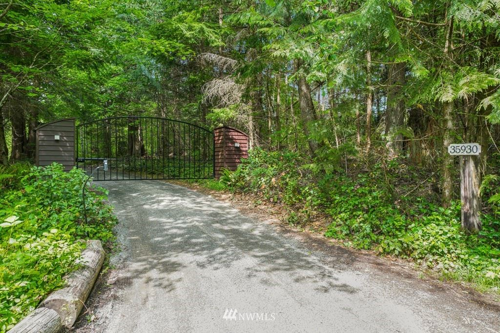 Photo of 35930 SE 89th Place, Snoqualmie, WA 98065 (MLS # 1779868)