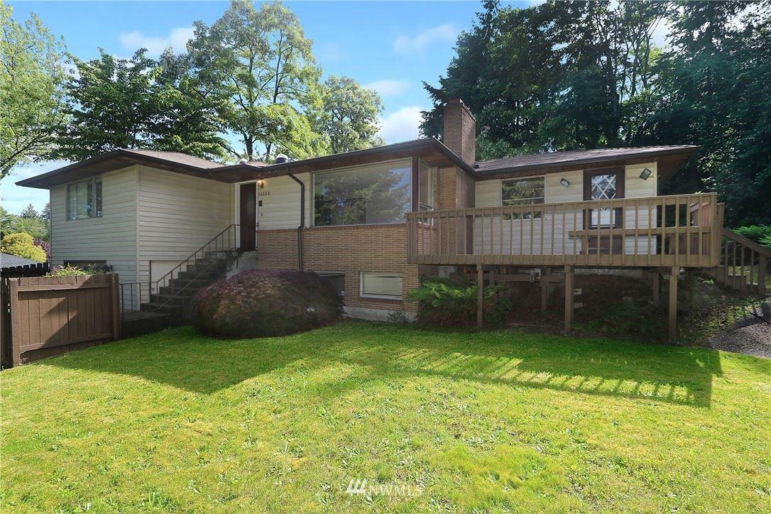 Photo of 11220 28th Avenue SW, Seattle, WA 98146 (MLS # 1783870)