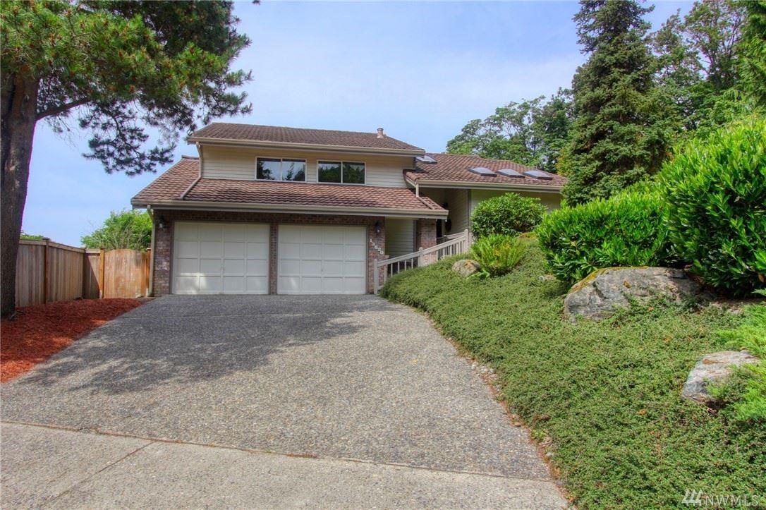 Photo of 13820 SE 58th Place, Bellevue, WA 98006 (MLS # 1630872)