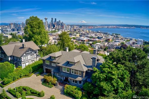 Photo of 421 W Highland Dr, Seattle, WA 98119 (MLS # 1510873)