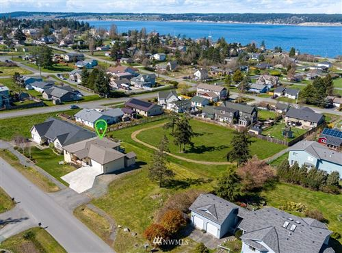Photo of 506 NE 4th Street, Coupeville, WA 98239 (MLS # 1755873)