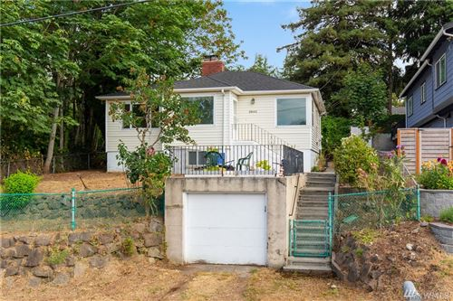 Photo of 3942 S Pilgrim St, Seattle, WA 98118 (MLS # 1641874)