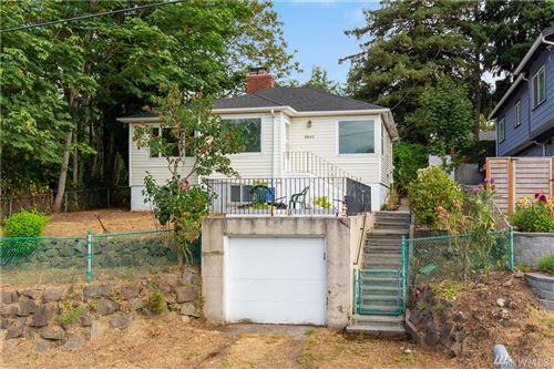 Photo of 3942 S Pilgrim St, Seattle, WA 98118 (MLS # 1641874)