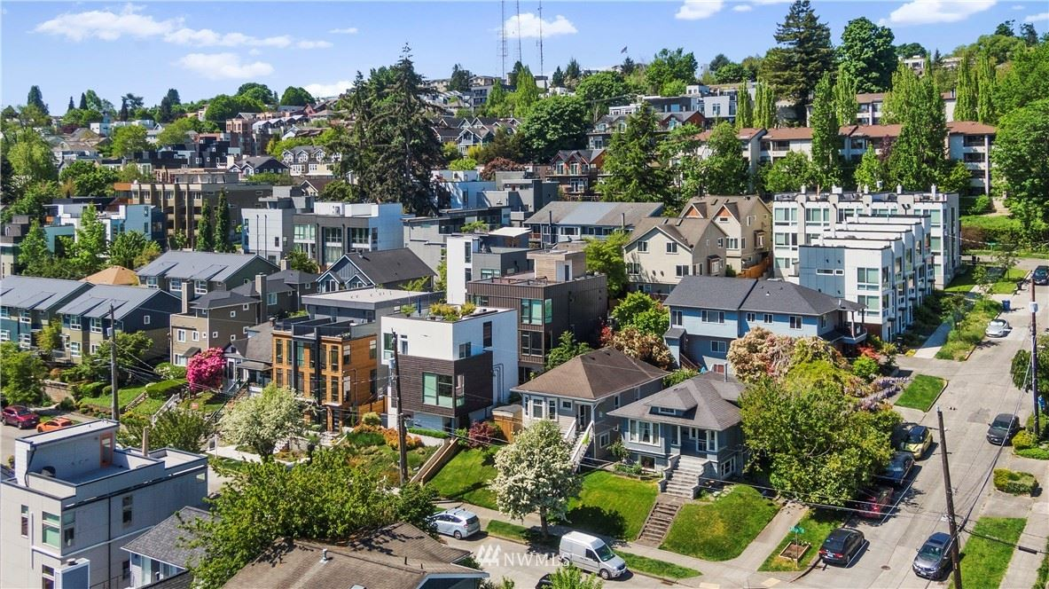 Photo of 227 27th Avenue E #A, Seattle, WA 98112 (MLS # 1766874)