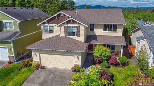 Photo of 2401 Cooper Crest St NW, Olympia, WA 98502 (MLS # 1597876)