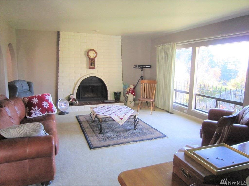 Photo of 7921 Cyrus Place, Edmonds, WA 98026 (MLS # 1550878)