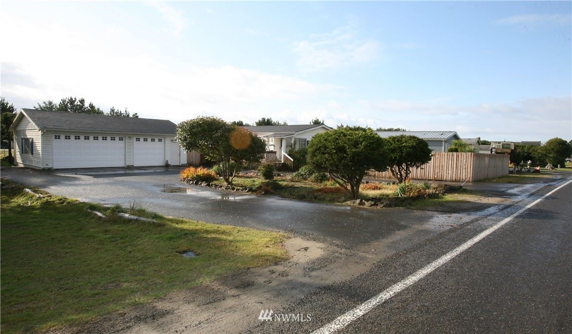 Photo of 802 Oysterville Road, Ocean Park, WA 98640 (MLS # 1691879)