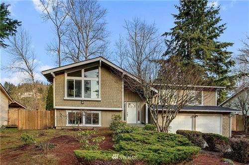 Photo of 4914 131st Place SE, Bellevue, WA 98006 (MLS # 1733882)