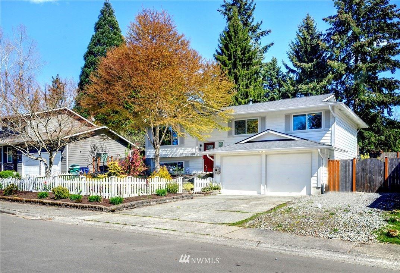 Photo of 13522 131st Avenue NE, Kirkland, WA 98034 (MLS # 1741882)