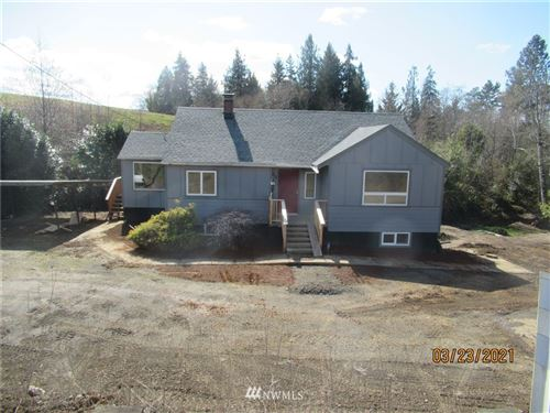 Photo of 312 E State Route 4 Highway, Cathlamet, WA 98612 (MLS # 1756883)