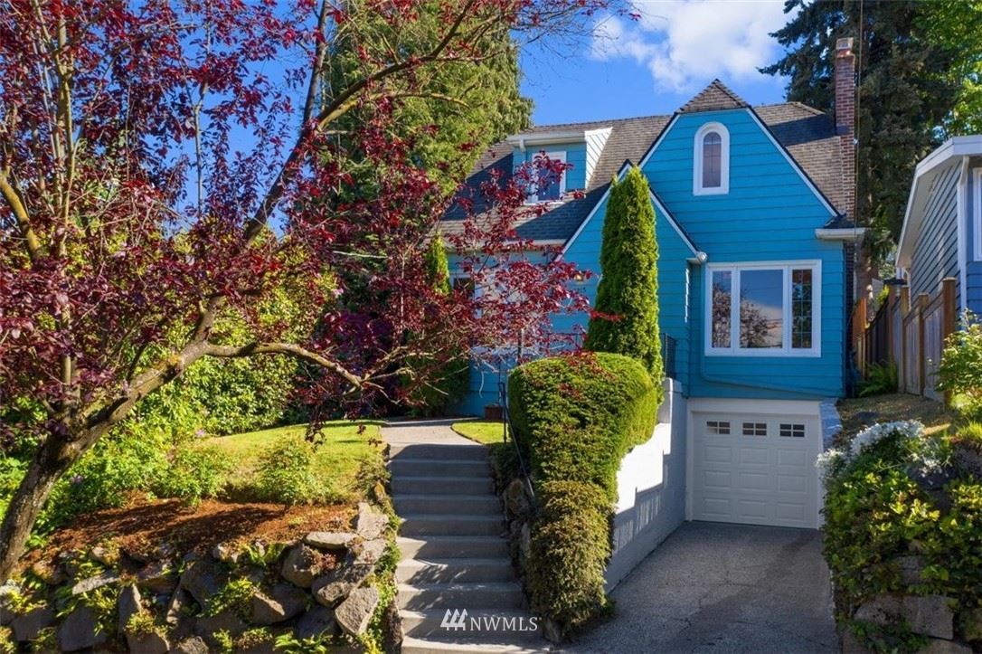 Photo of 2215 E McGraw Street, Seattle, WA 98112 (MLS # 1777885)
