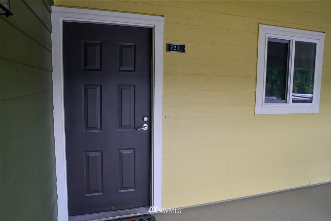 Photo of 12625 SE 41ST Place #F203, Bellevue, WA 98006 (MLS # 1780885)
