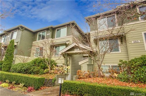 Photo of 1931 23rd Place NE #302, Issaquah, WA 98029 (MLS # 1541886)