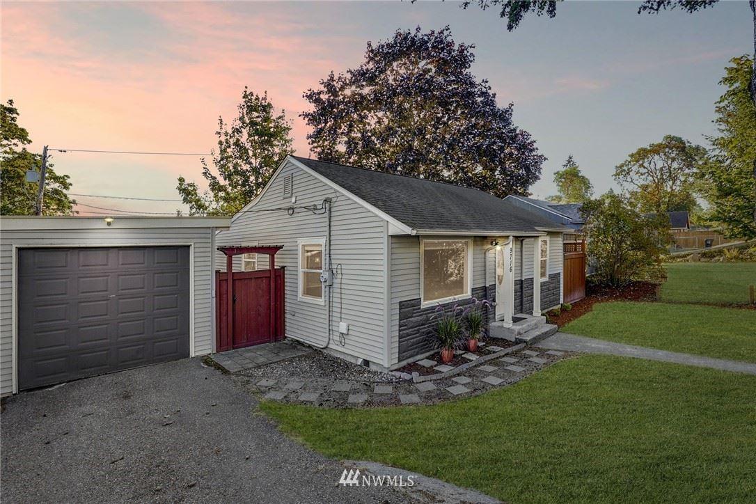Photo of 9716 33rd Avenue SW, Seattle, WA 98126 (MLS # 1670888)