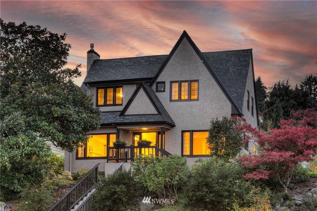 Photo of 2707 Boyer Avenue E, Seattle, WA 98102 (MLS # 1691888)