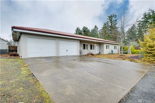 Photo of 60 Kelly Lane E, Allyn, WA 98524 (MLS # 1555889)