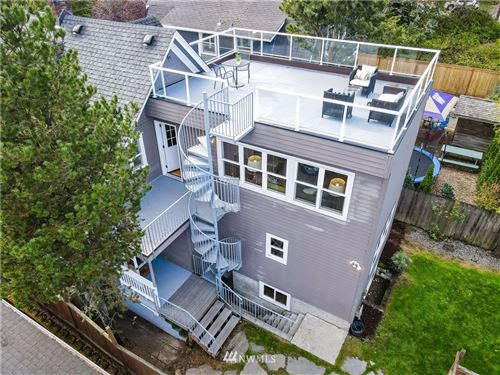 Photo of 1914 E Jefferson Street, Seattle, WA 98122 (MLS # 1664889)