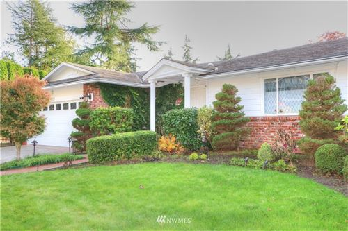 Photo of 4925 123rd Place SE, Bellevue, WA 98006 (MLS # 1686892)