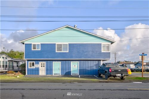 Photo of 300 6th Street NE, Long Beach, WA 98631 (MLS # 1697893)