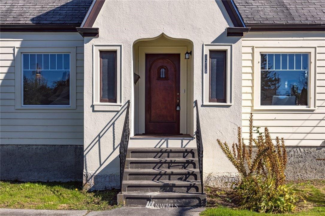 Photo of 1316 Cleveland Avenue, Mount Vernon, WA 98273 (MLS # 1842893)