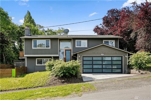Photo of 2002 18th Ave S, Seattle, WA 98144 (MLS # 1607895)