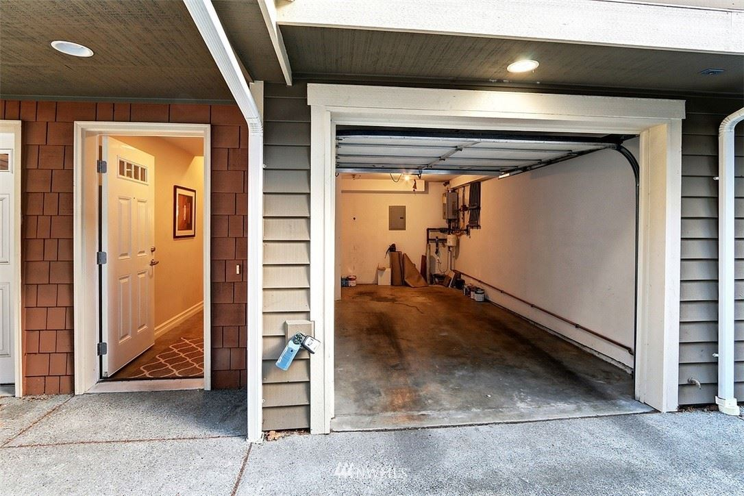 Photo of 927 N 97th Street #B, Seattle, WA 98103 (MLS # 1786897)