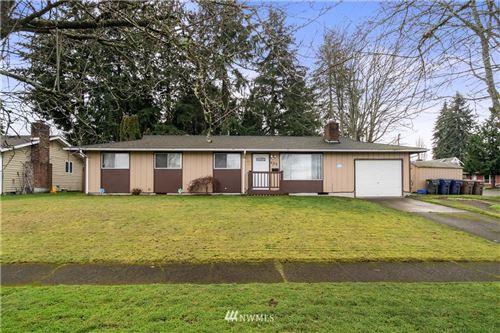 Photo of 502 E 40th Street, Tacoma, WA 98444 (MLS # 1714899)