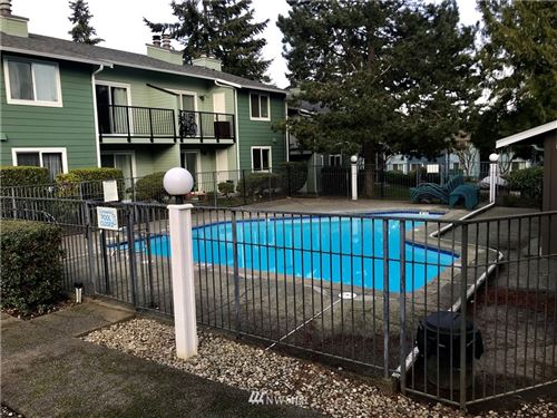 Photo of 921 130th Street SW #H201, Everett, WA 98204 (MLS # 1737900)