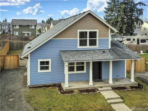 Photo of 1424 E 40th St, Tacoma, WA 98404 (MLS # 1542902)