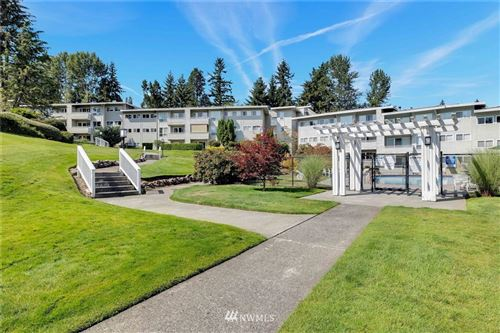 Photo of 12701 NE 9th Place #D203, Bellevue, WA 98005 (MLS # 1815903)