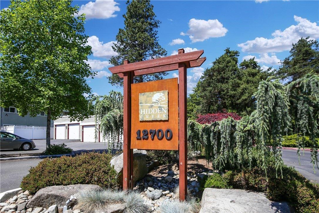 Photo of 12701 9th Place NE #D-203, Bellevue, WA 98005 (MLS # 1815903)