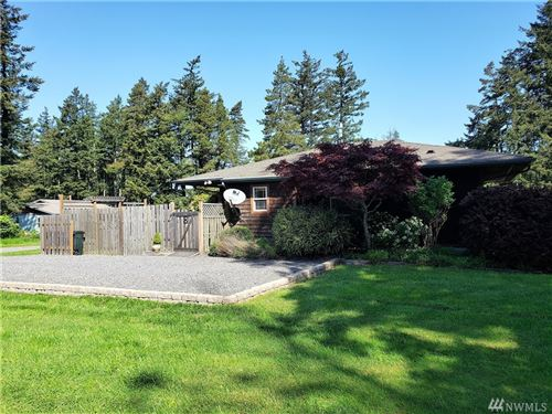 Photo of 8 Center Ct, Orcas Island, WA 98245 (MLS # 1596905)