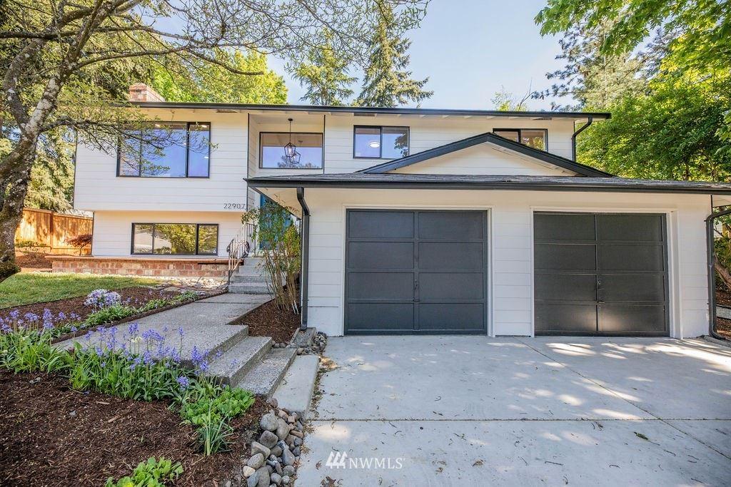 Photo of 22907 41st Place W, Mountlake Terrace, WA 98043 (MLS # 1771905)