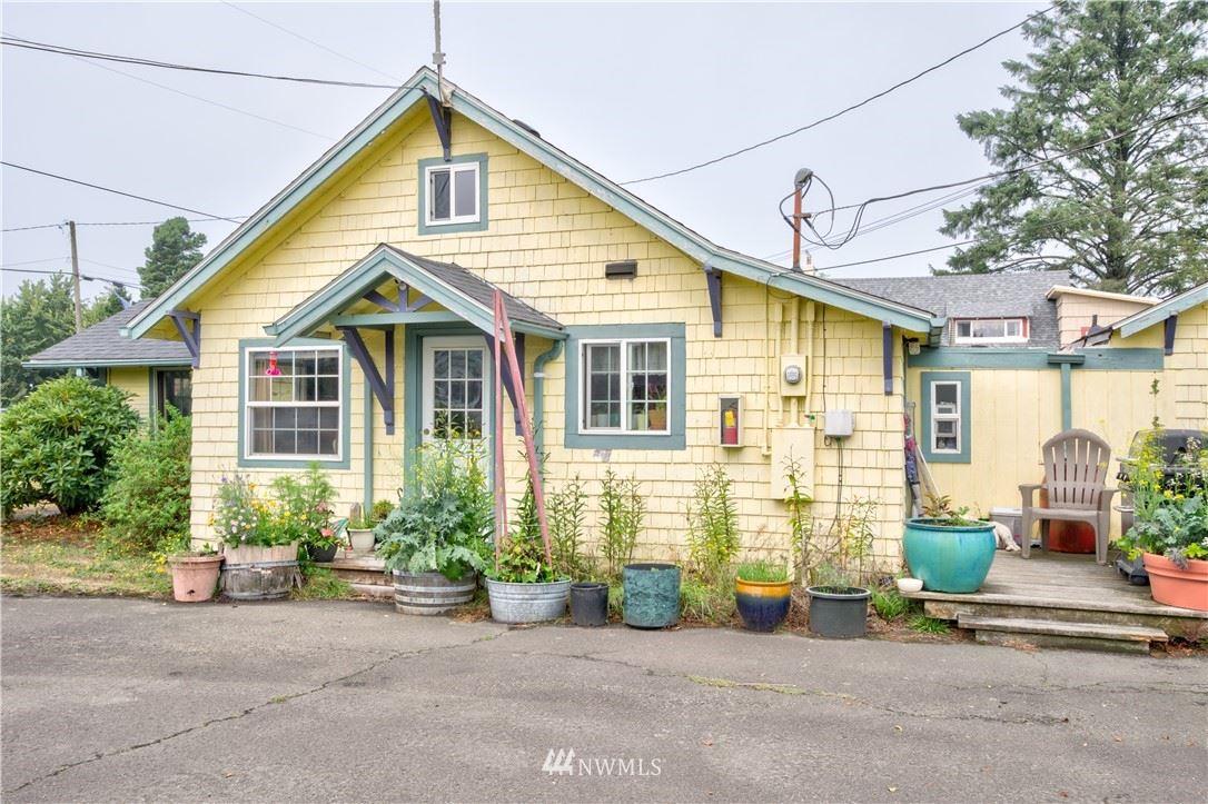 Photo of 3728 Pacific Way, Seaview, WA 98644 (MLS # 1664906)