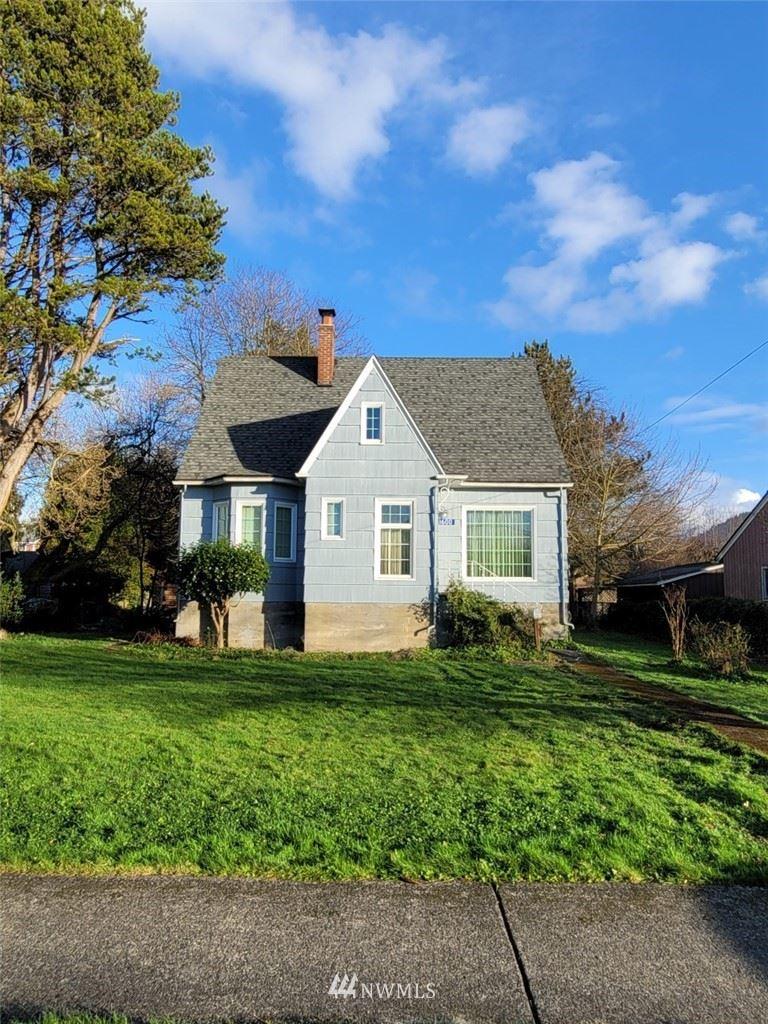 Photo of 1600 Douglas Street, Mount Vernon, WA 98273 (MLS # 1716906)