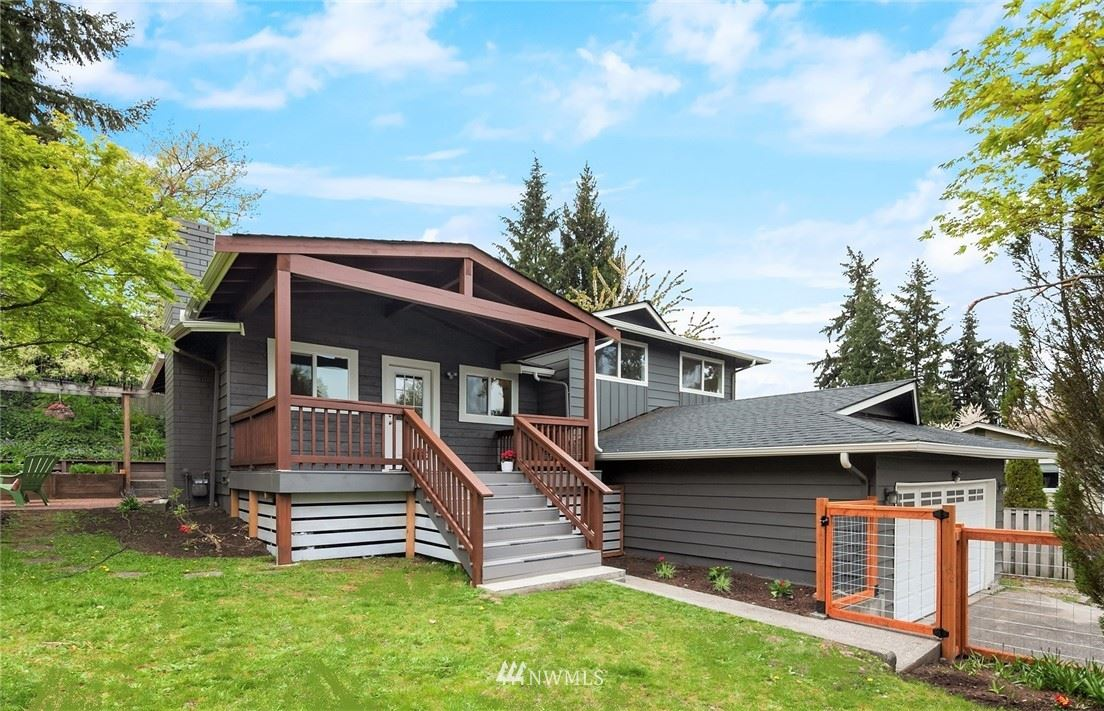 Photo of 22014 4th Place W, Bothell, WA 98021 (MLS # 1729907)