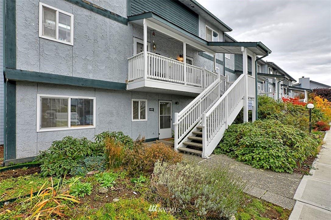 8823 Holly Drive #H101, Everett, WA 98208 - MLS#: 1856907