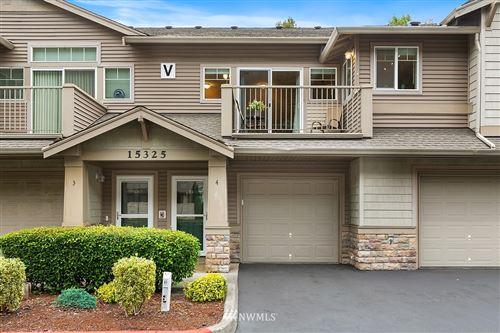 Photo of 15325 SE 155th Place #V4, Renton, WA 98058 (MLS # 1842910)