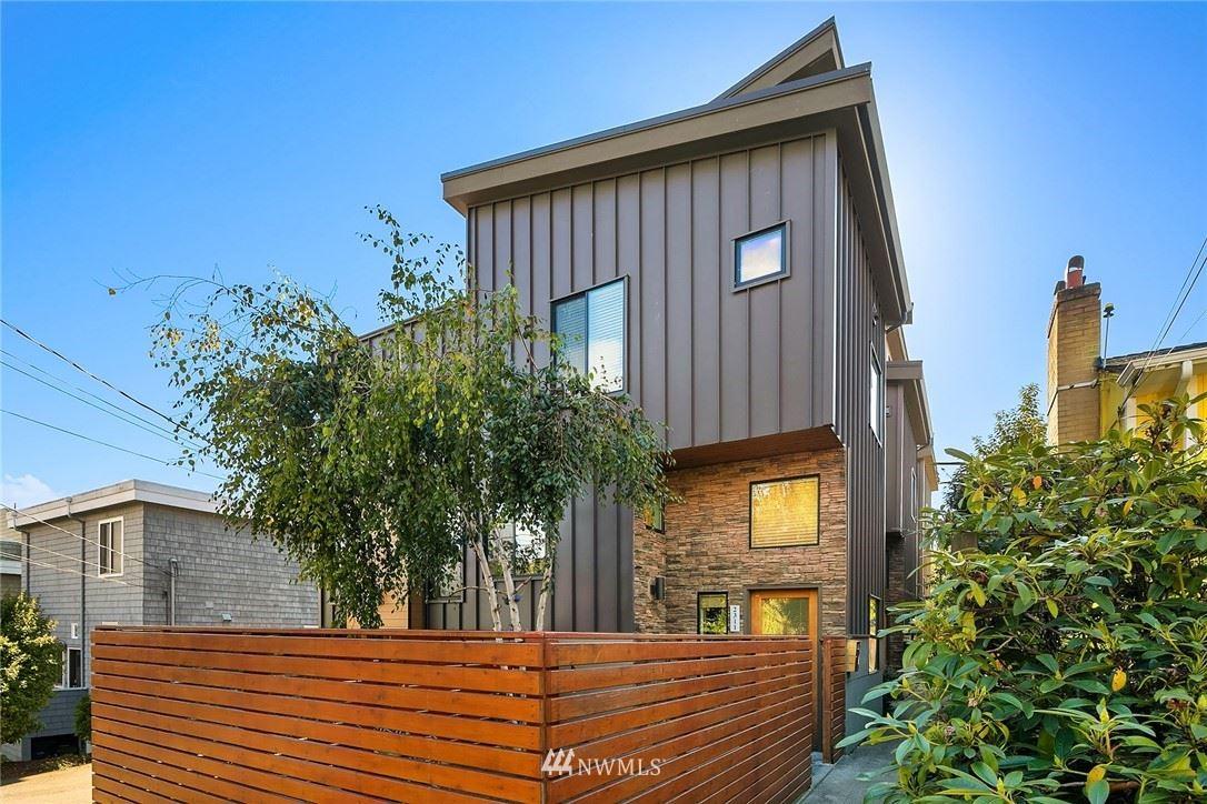 Photo of 2311 Crockett Street, Seattle, WA 98199 (MLS # 1677910)