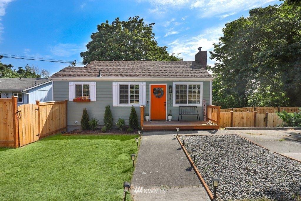 Photo of 3511 E Grandview Avenue, Tacoma, WA 98404 (MLS # 1815912)