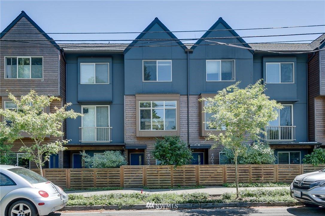 Photo of 4065 NE 50th Street, Seattle, WA 98105 (MLS # 1772915)