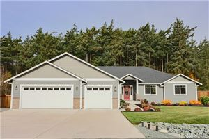 Photo of 980 Walker Heights Place, Oak Harbor, WA 98277 (MLS # 1537916)