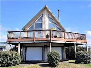 Photo of 33 1st St S, Pacific Beach, WA 98571 (MLS # 1435917)