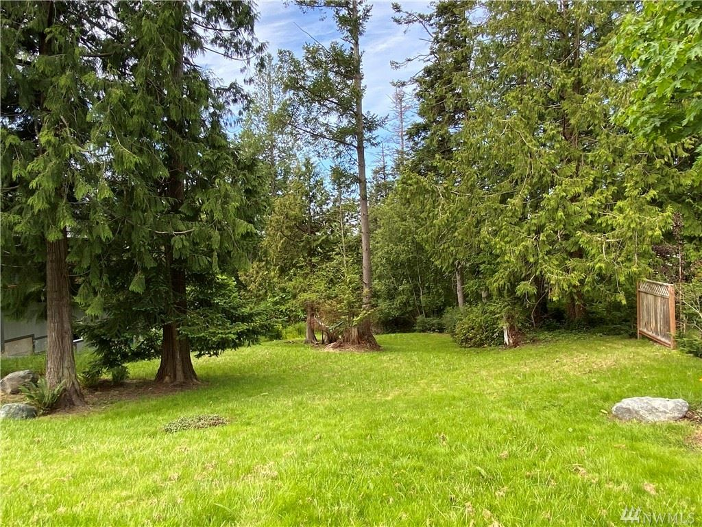 Photo of 724 Shelter Bay Dr, La Conner, WA 98257 (MLS # 1607917)
