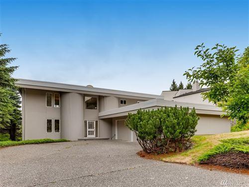 Photo of 14725 SE 56th St, Bellevue, WA 98006 (MLS # 1624918)