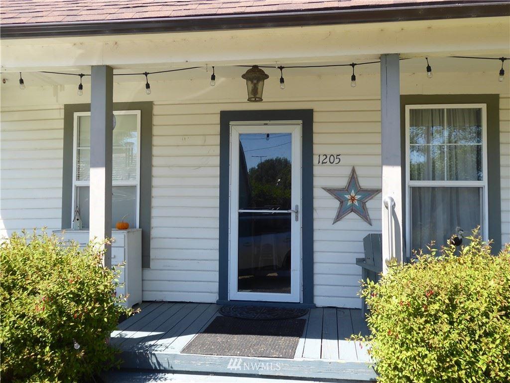 Photo of 1205 49th Street, Seaview, WA 98644 (MLS # 1798919)