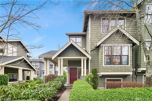 Photo of 1873 NE Kenyon Ct, Issaquah, WA 98029 (MLS # 1551921)