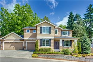 Photo of 5420 NE 197th Place, Lake Forest Park, WA 98155 (MLS # 1476923)
