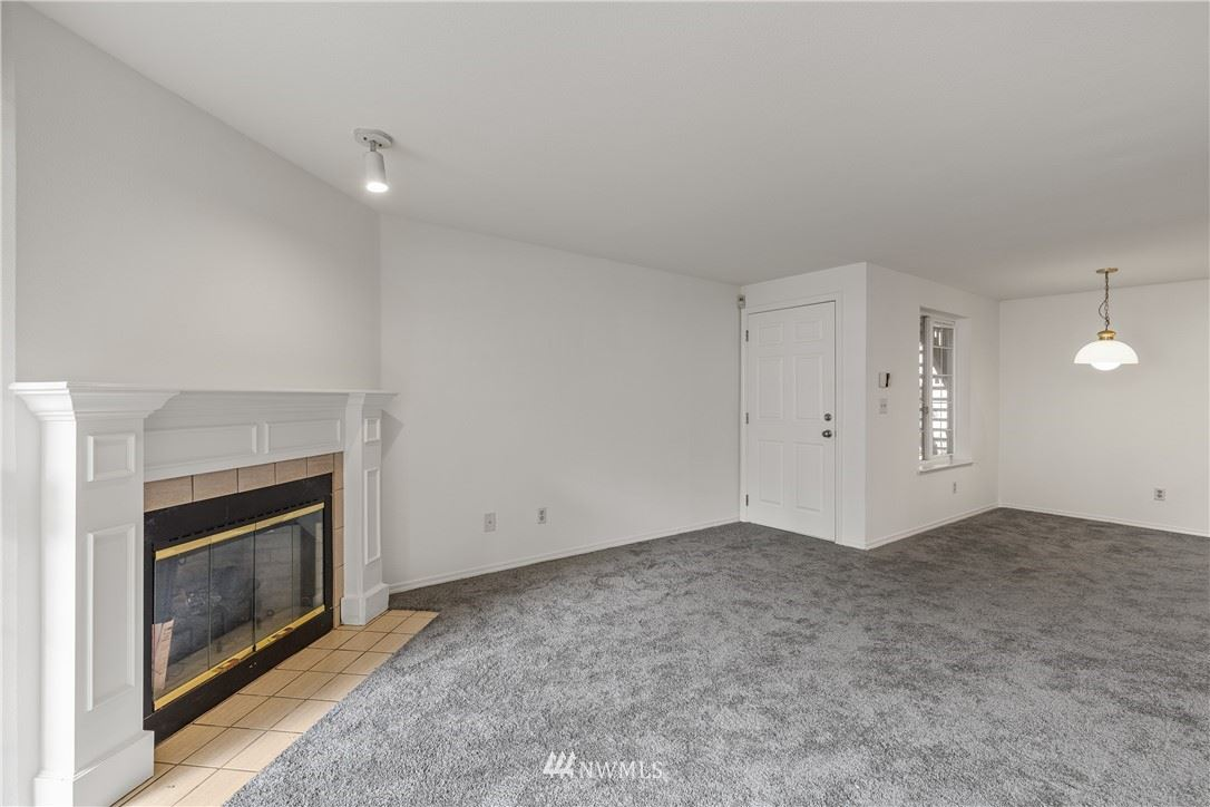 Photo of 22810 30th Avenue S #B104, Des Moines, WA 98198 (MLS # 1791923)
